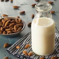 melhores-alimentos-antienvelhecimento-leite-vegetal