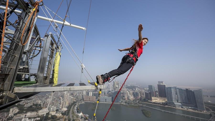 Descarga adrenalina en la Torre Macao