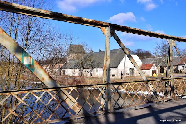 Most drogowy w Siedlęcinie