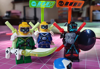 LEGO Empire temple of madness characters without helmets