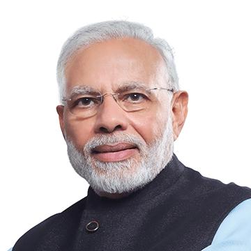नरेन्द्र मोदी भारत के प्रधानमन्त्री पद पर आसीन होने वाले स्वतंत्र भारत में जन्मे प्रथम व्यक्ति हैं।