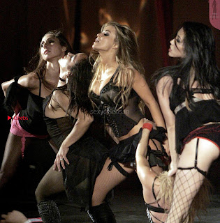 Carmen-Electra-Performing_4+%7E+SexyCelebs.in+Exclusive.jpg