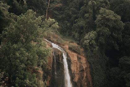 Curug Sewu: Air Terjun Terderas yang Sedang Tidak Deras