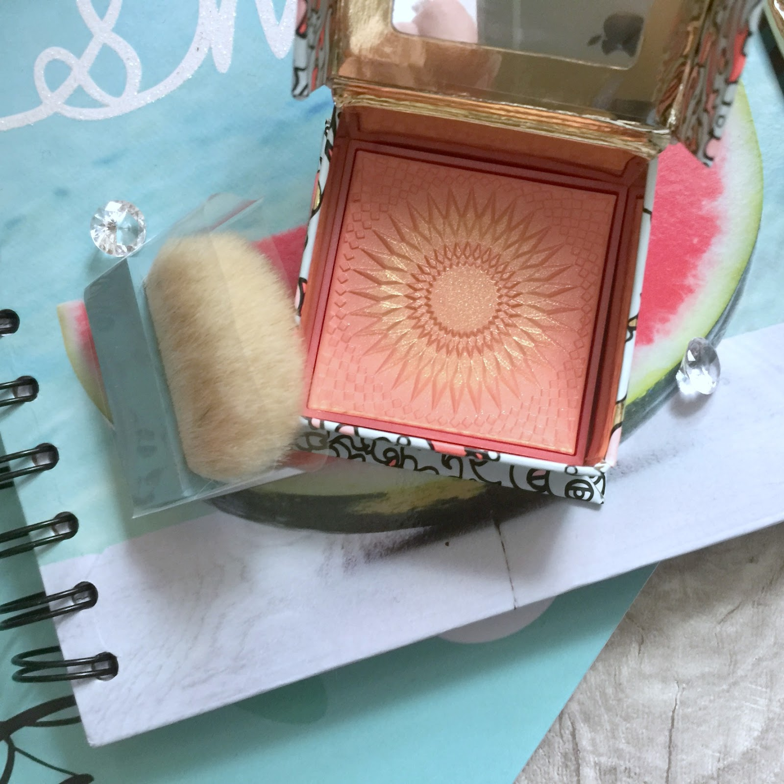benefit galifornia blusher design