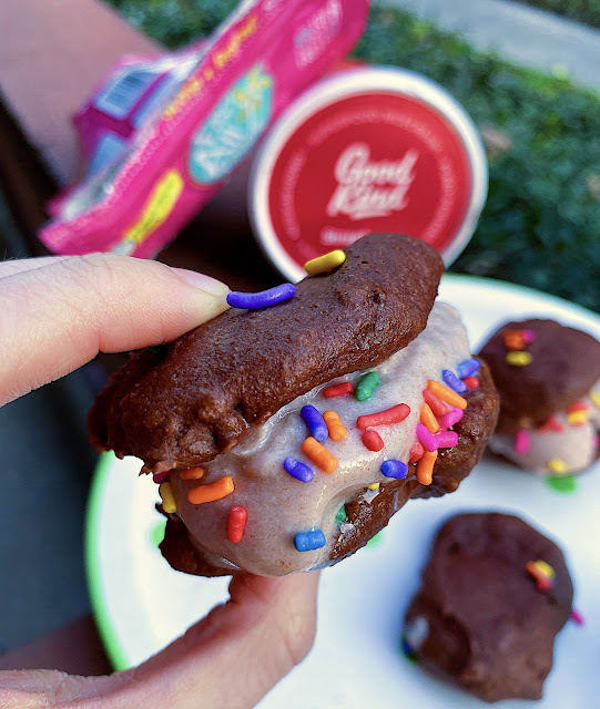 AD: Craving some #glutenfree and #vegan cookies but only have cake mix? Check out these #lowfat chocolate cake mix cookies! #Celiac friendly & delish!