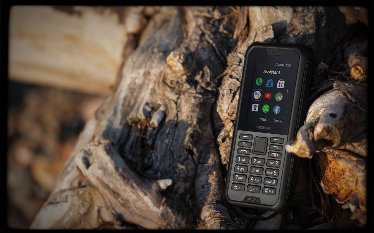 Unkillable Nokia 800 Tough appeared in Russia