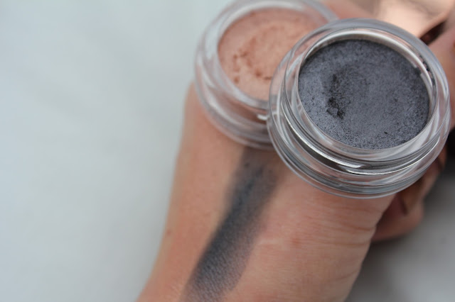 Clarins Iridescent Shadow in 01 Aquatic Rose and 03 Aquatic Grey