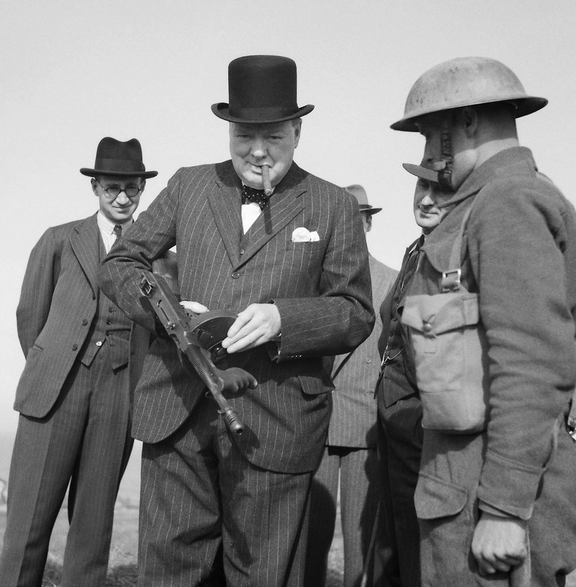Winston Churchill with a Tommy Gun during an inspection near Hartlepool, 1940.