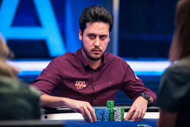 adrian mateos pemain poker termuda dan terkaya di dunia
