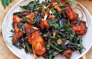 Makanan Khas Aceh Ayam Tangkap