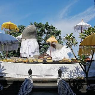 9 Pura di Bali yang Diyakini Sebagai Tempat Memohon/Nunas Keturuna Pura Lingga Yoni Di Ujung
