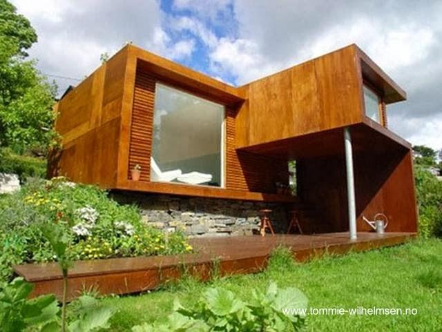 Casa cabaña nórdica compacta contemporánea
