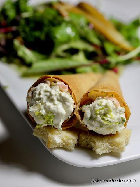 Silvester Menü Vorspeise: Räucherlachstatar und Salat