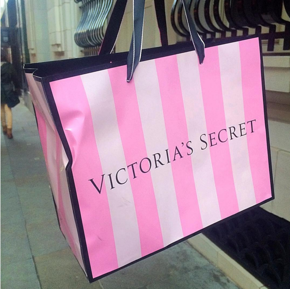 victorias-secret-lingerie-bag