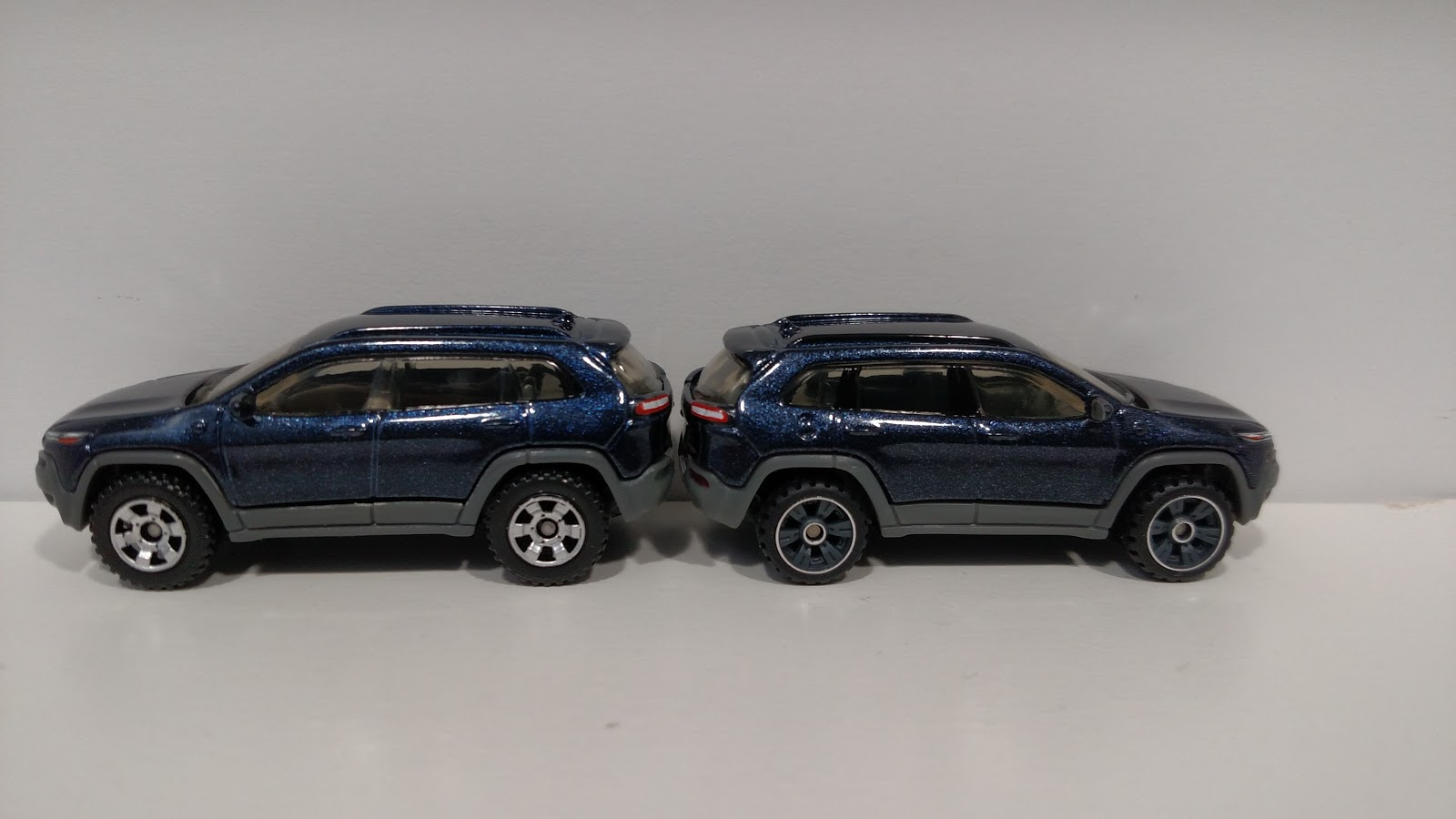 3inchdiecastbliss Matchbox 2014 Jeep Cherokee Trailhawk