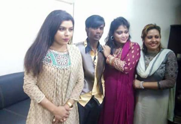 Hero Alom with girls