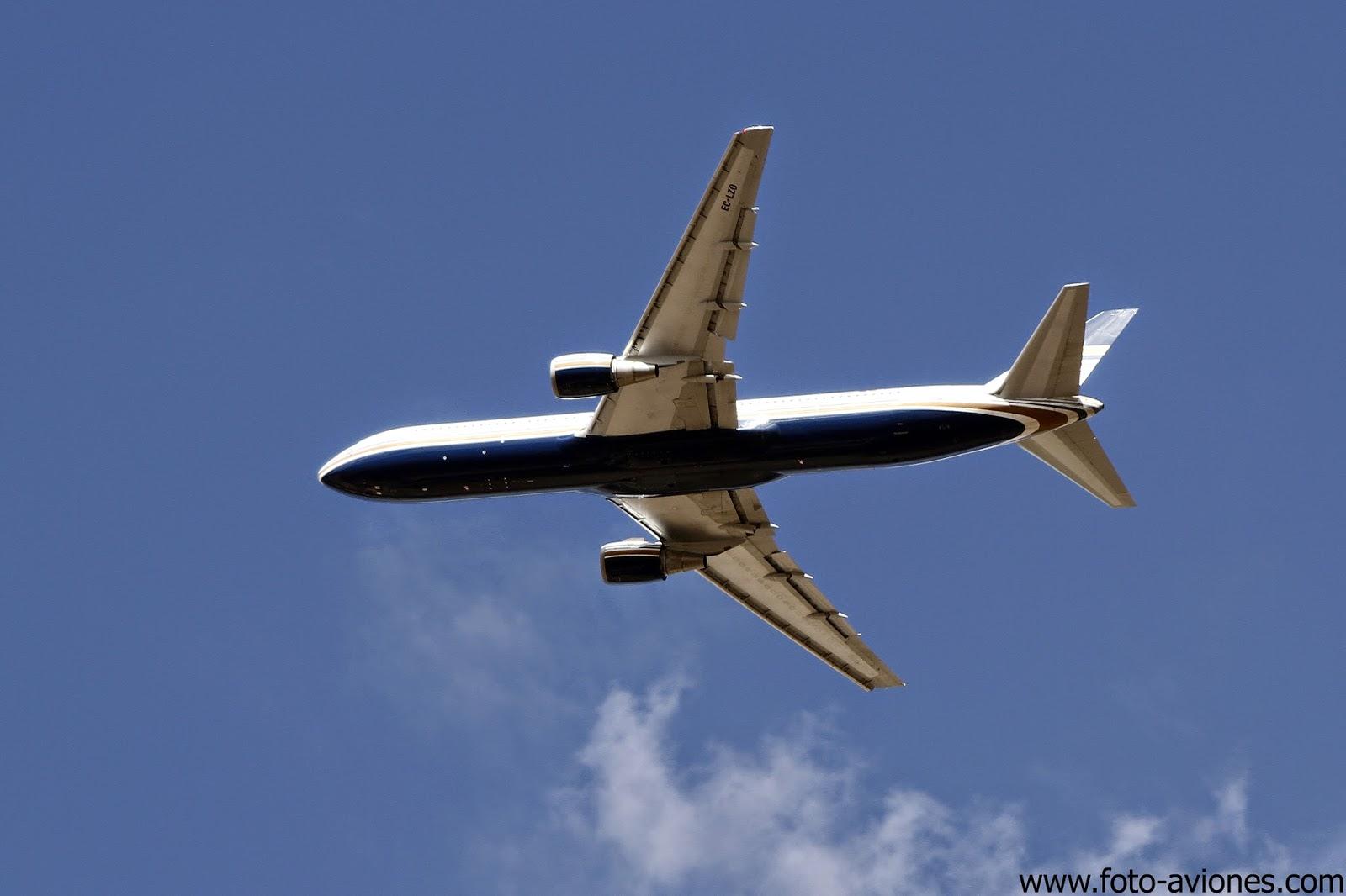 Boeing 767 / EC-LZO
