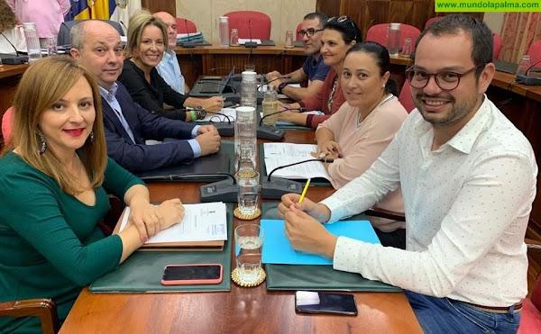 CC consigue que el Cabildo exija explicaciones al Gobierno de Canarias por el descontrol de las vacunaciones en La Palma