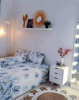 Desain Kamar Tidur Minimalis Dengan Kasur di Lantai