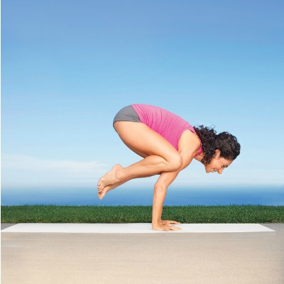 koolpiccs 8 yoga moves for flat abs