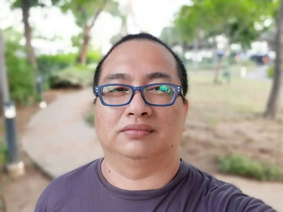 Samsung Galaxy M31 Camera Sample - Selfie, Live Focus, Normal