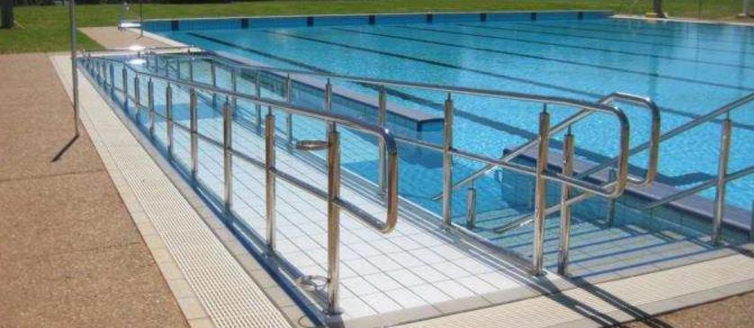 Resultado de imagen de piscinas accesibles españa
