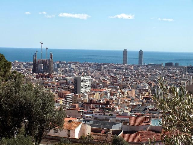 bonito mirador en el parque Güell Barcelona