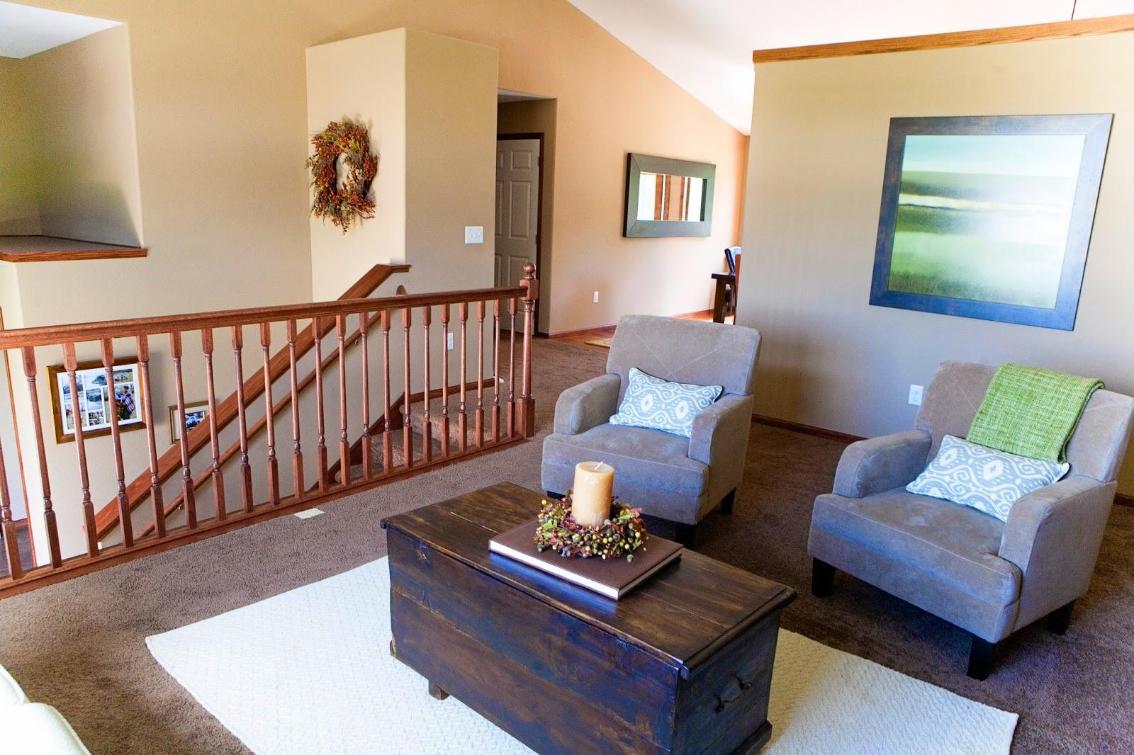 .: Living Room