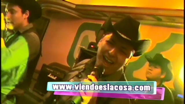 VIDEO: DE DOS EN DOS - EXITO 2013
