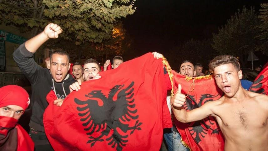 Ρεσιτάλ μίσους των Αλβανών των Σκοπίων κατά των Σέρβων!