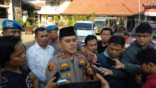 Ketua JAD Kota Cirebon Dan Ormas Islam Di Tangkap Ditreskrimsus Polda Jabar