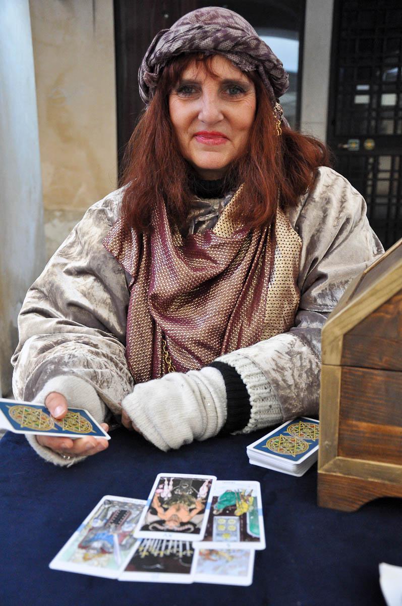 Taort card reader, Old crafts festival, Corso Fogazzaro, Vicenza, Veneto, Italy