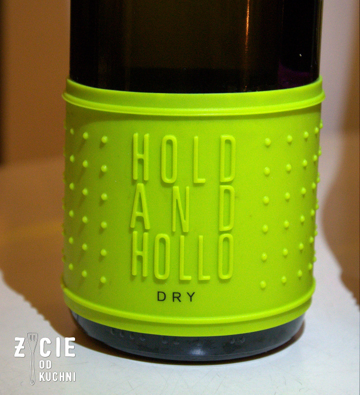 Hold and Hollo Dry 2013, tokaj, winnica Holdvolgy, biala roza, kobiety i wino