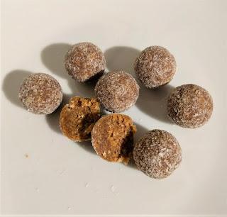 Missfits Coconut protein balls
