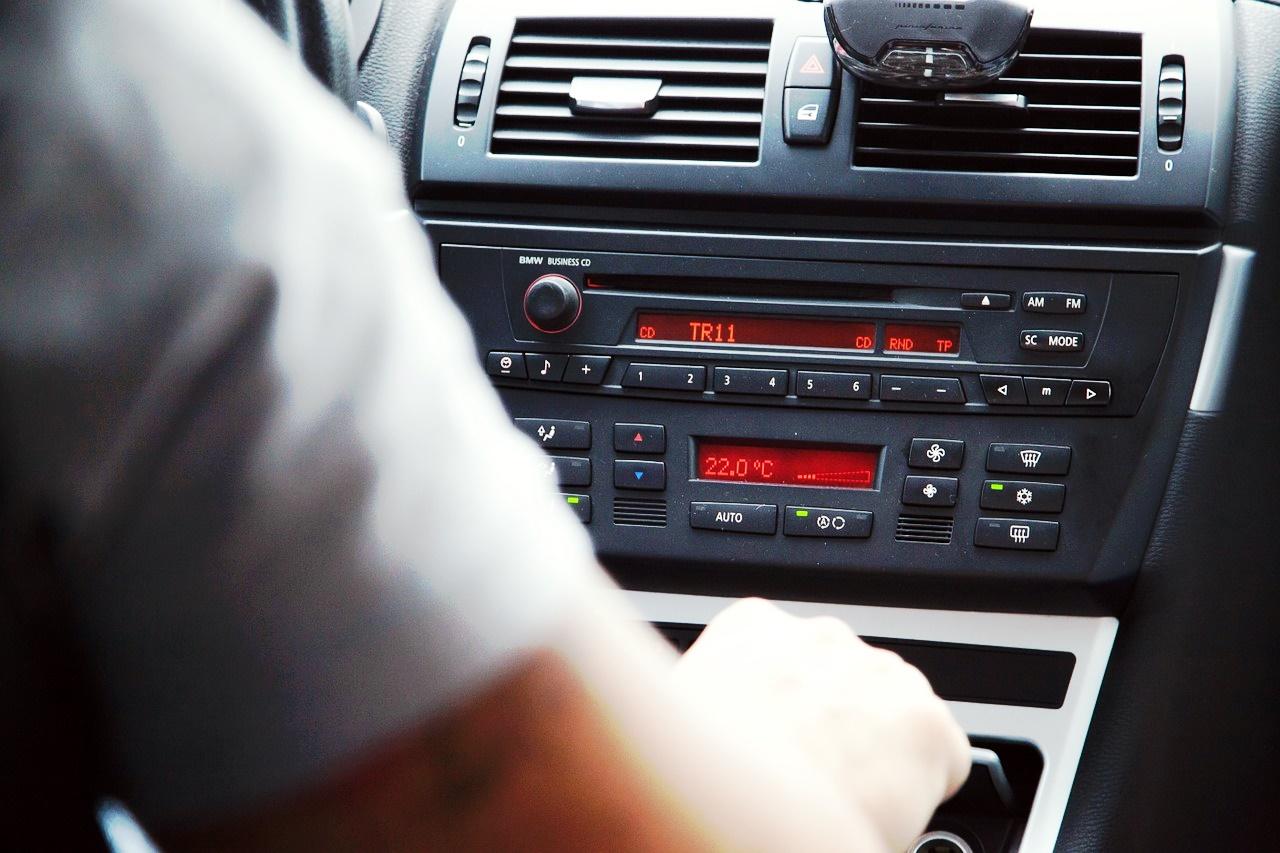 Jakie gadżety powinniśmy mieć w swoim samochodzie?