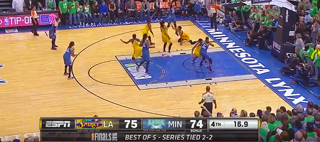 The CRAZY Ending to 2016 WNBA Finals: Sparks vs. Lynx (VIDEO)