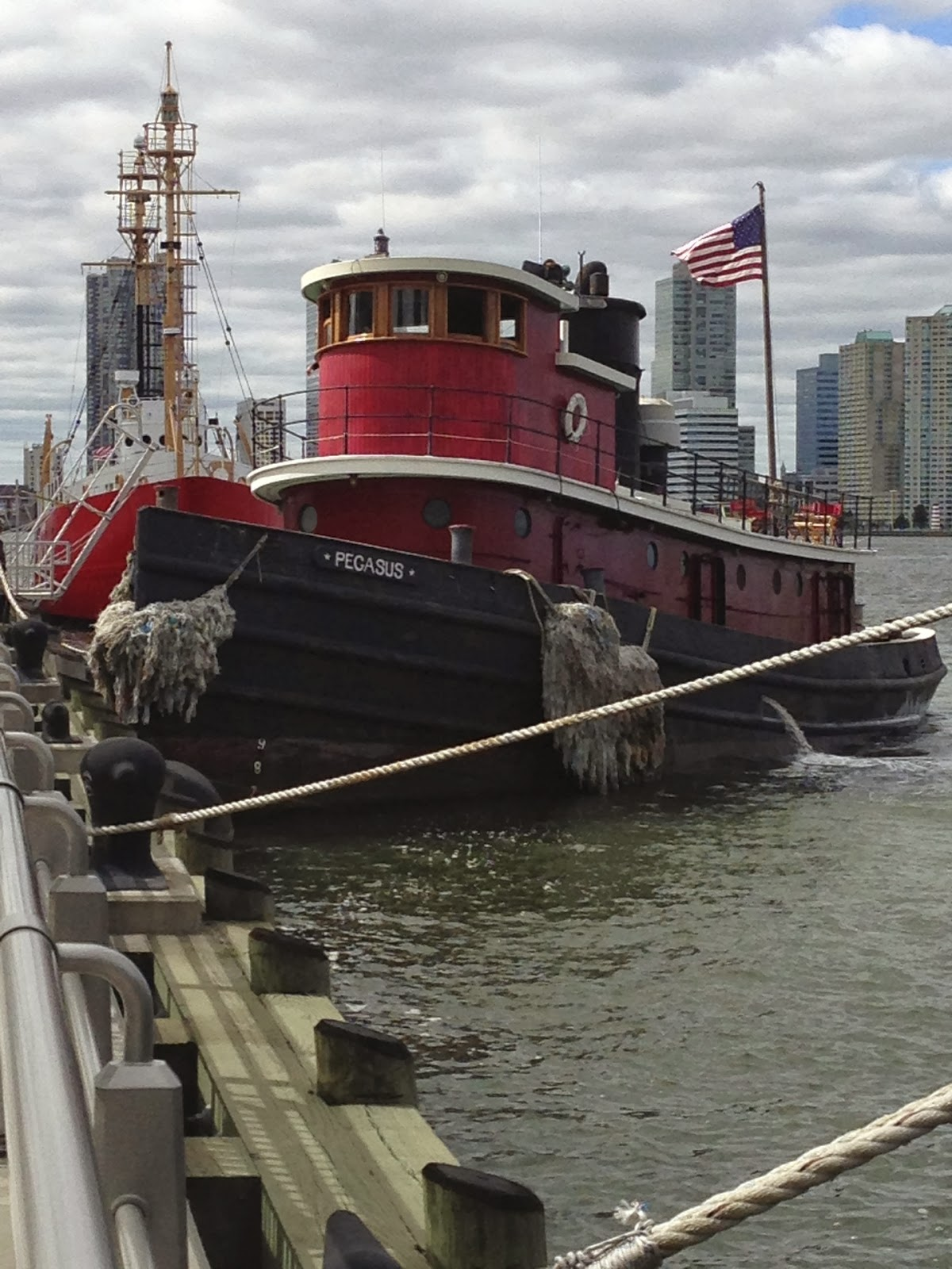 Boat Engine Room: Sense & The City: SMELL: The Engine Room Of The Tugboat