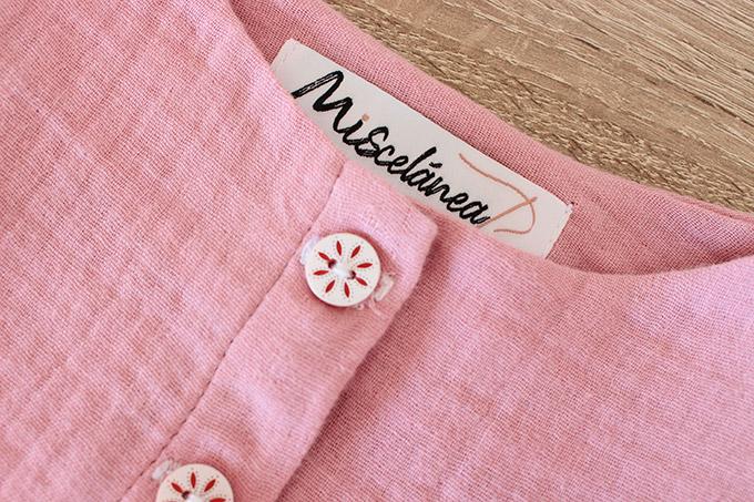 diy-blusa-botones-tejido-doble-gasa