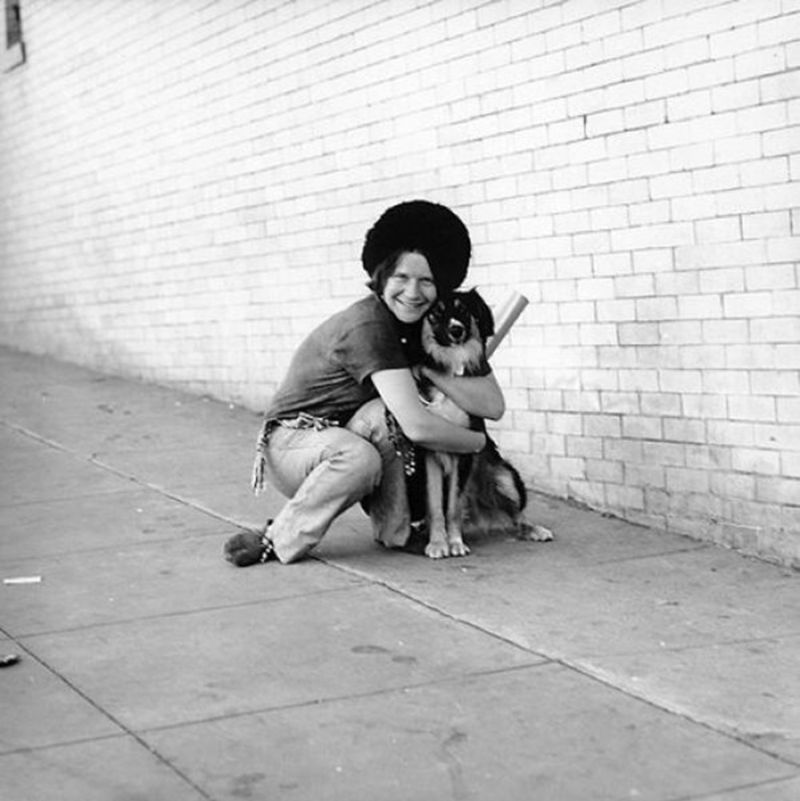Adorable Photos of Janis Joplin With Her Beloved Dog George