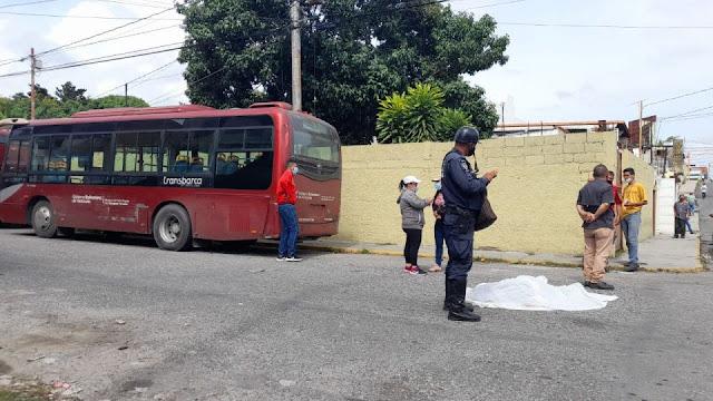 MUJER MUERE TRAS SER ARROLLADA POR UN TRANSBARCA EN EL CENTRO DE BARQUISIMETO