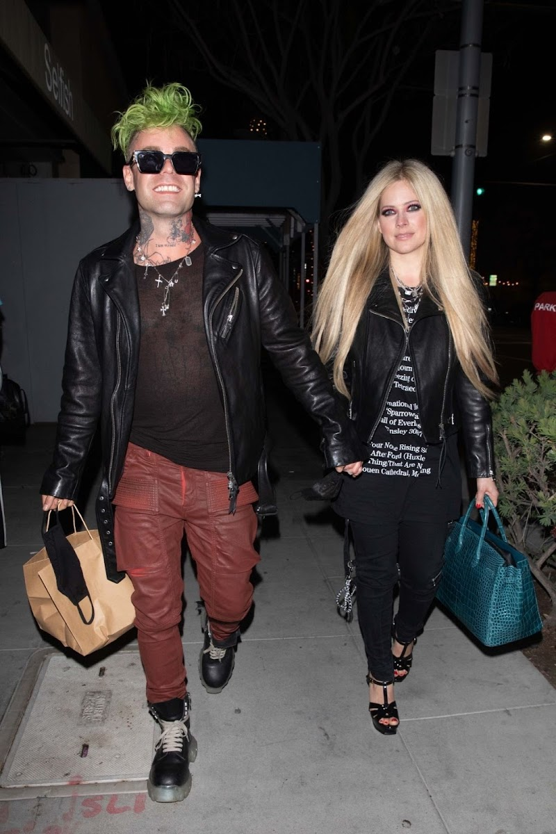 Avril Lavigne and Mod Sun Night Out in Beverly Hills 15 Apr-2021