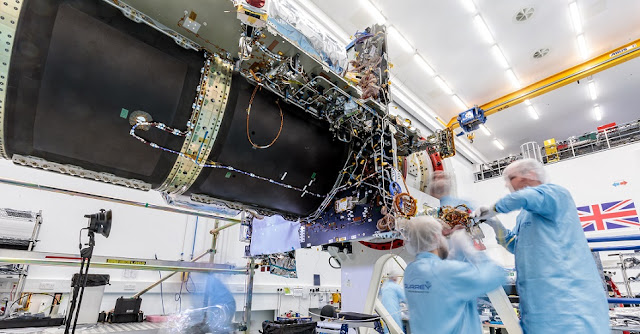 EUTELSAT QUANTUM geostationary satellite platform during final assembly at SSTL. Credit SSTL.