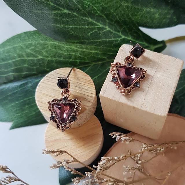 Dijual Anting Imitasi BLOOD DIAMOND, Berlian Mewah dan Elegan, Percantik Dirimu dengan Anting Ini