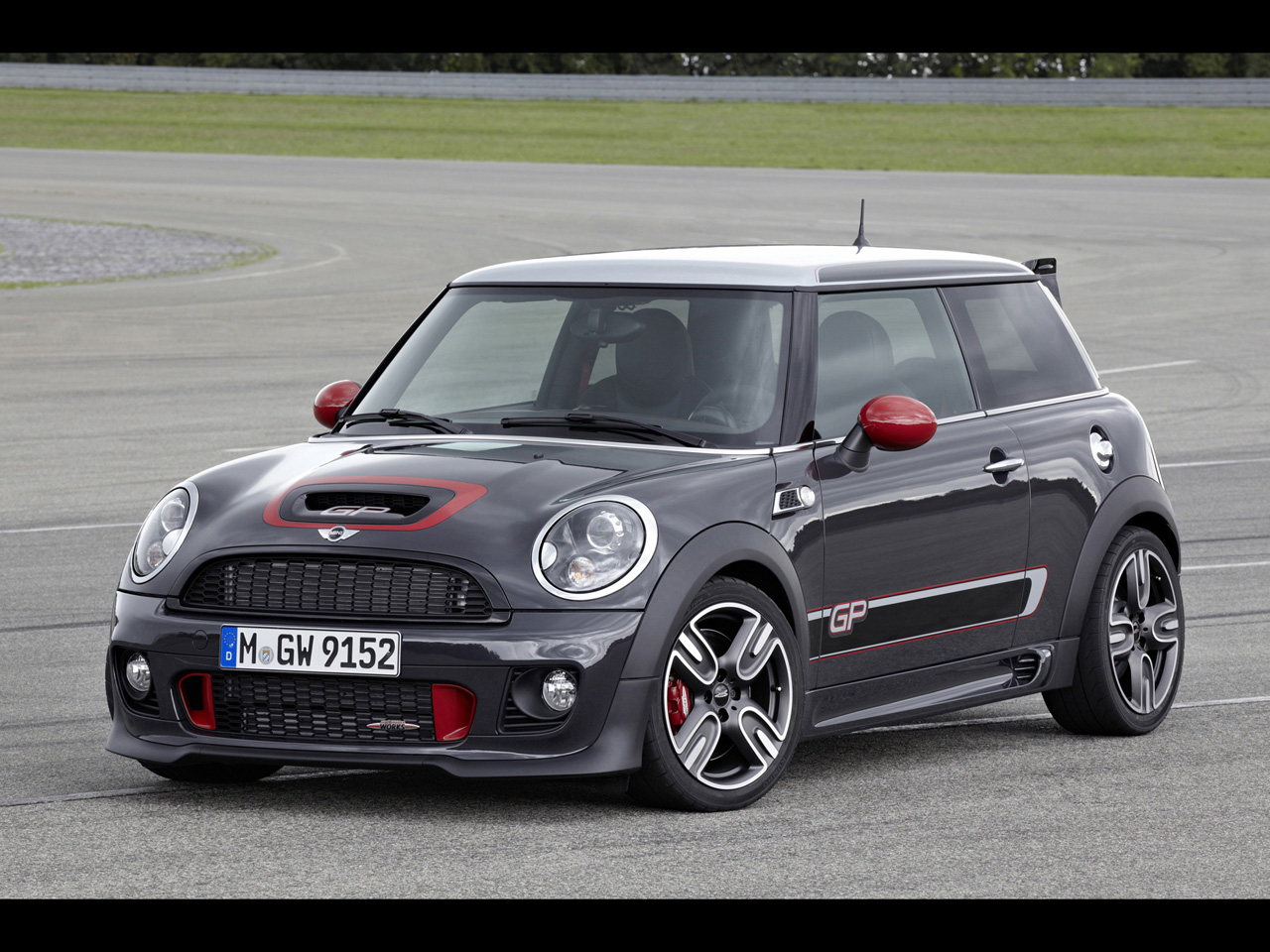 2013 cool car mini john cooper works gp hd wallpapers cartestimony. Black Bedroom Furniture Sets. Home Design Ideas