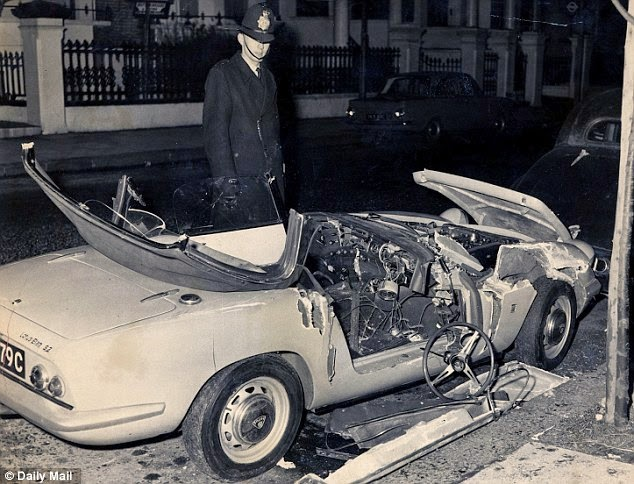 Does That Look Like A Car Has Slammed Into Anything At 120 Mph Heres Crash Test