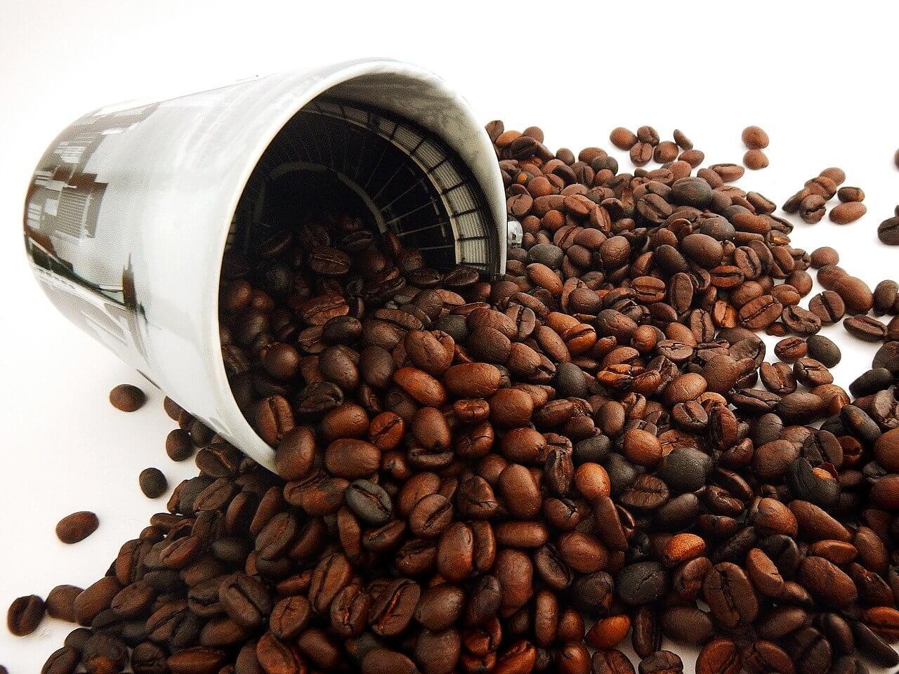 فوائد القهوة للبشرة - ماسك القهوة لتقشير البشرة