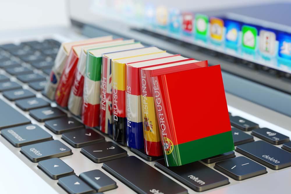 Penerjemah daparkan uang melalui media online murah dan berbayar