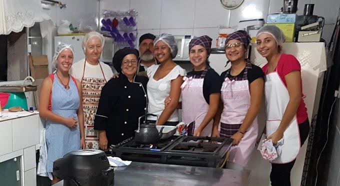 Abertas 80 vagas para curso na Escola Pública de Arte Culinária de Penha