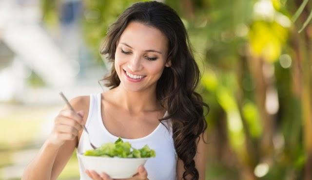 Alimentos que fortalecen el cabello y que deberías incluir en tu dieta