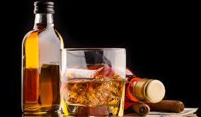 DPR kembali menggulirkan rancangan undang-undang tentang larangan minuman beralkohol dengan dalih untuk menciptakan ketertiban dan menaati ajaran agama, walaupun tidak ada data akademis yang menunjukkan jumlah kasus kriminalitas akibat minuman beralkohol.